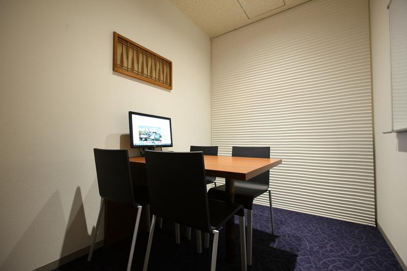 4名会議室