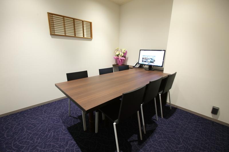 6名会議室