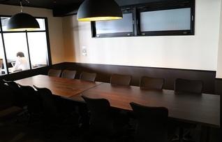 【新橋駅から徒歩1分】貸会議室C 12名・BasisPoint