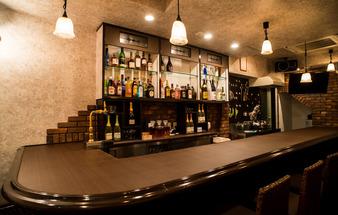 STUDIO iiwi Cafe & Bar