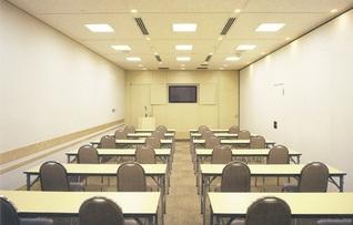 貸し会議室201号室(~72名)