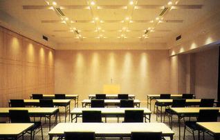 第3会議室(~50名)