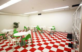 B1F貸会議室(16名)