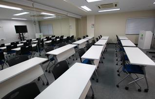 ビジネストレーニングルーム(~26名)