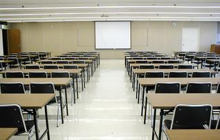 会議室2(~150名)