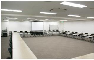 5A会議室(90名収容)