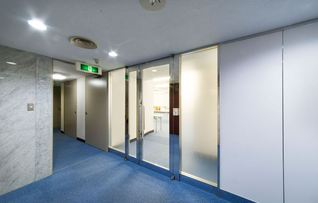 3階A会議室(~63名)