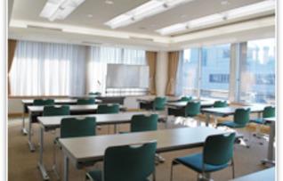 第1会議室(~45名)