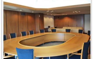 第6会議室(~16名)