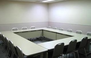 503会議室(~18名)