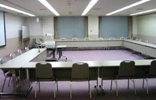 501会議室(~75名)