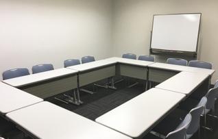 205会議室(~16名)