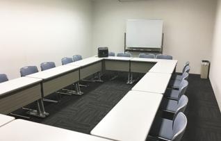 203会議室(~20名)
