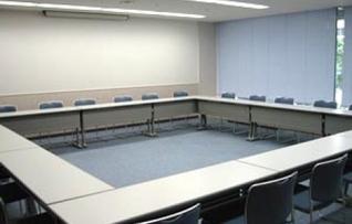 202会議室(~24名)