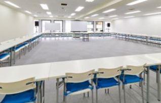 6階C会議室(~120名)