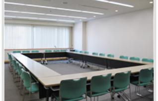 第9会議室(~42名)