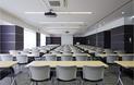 新宿三丁目駅に直結している新宿三丁目貸し会議室401は、貸し会議室のなかでもアクセスに優れている方です。