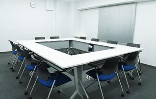 会議室F(~12名)
