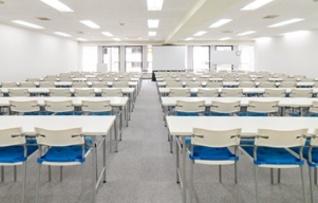 五反田駅からすぐのスタンダード会議室_五反田ソニー通り店で貸し会議室8階B会議室について