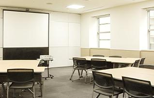 会議室3(~24名)
