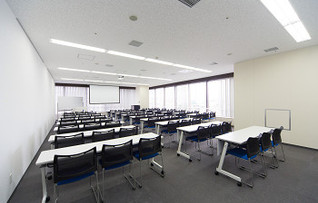 会議室1204(~93名)