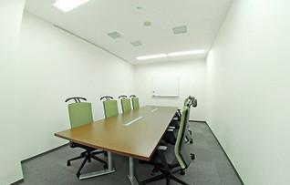 貸し会議室1101(~8名)