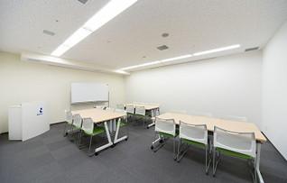 貸し会議室1104(~28名)