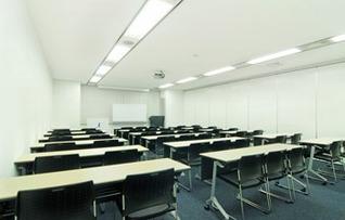貸し会議室S202(~54名)