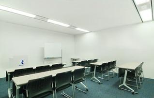 貸し会議室 S211(~18名)