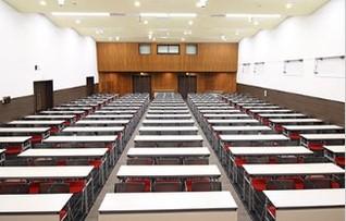 大会議室(~225名)
