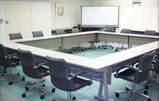 中会議室412(~24名)