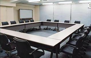 800会議室(~36名)