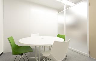 貸し会議室(4名部屋)