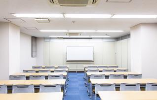 3階中会議室(最大48名収容)