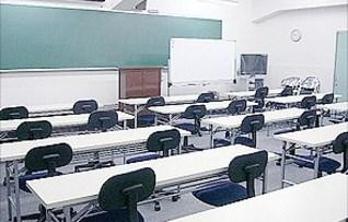 1階教室スペース(45名収容)
