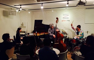グランドピアノ付レコーディングスタジオ(roomA)
