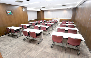 会議室804(~35名)