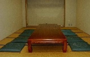 教養室(床間つき和室)