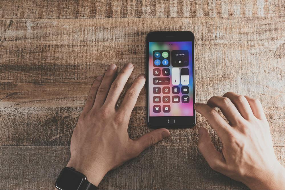 【知財のプロ・深澤氏の視点(4)】iPhoneにみるオープンイノベーションの技