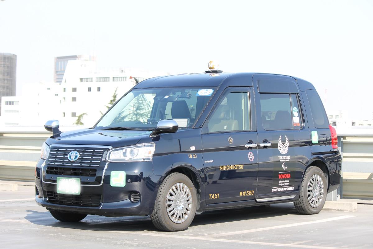 ティアフォー、JapanTaxi、KDDIなど5社|自動運転タクシーの事業化に向けて連携を強化