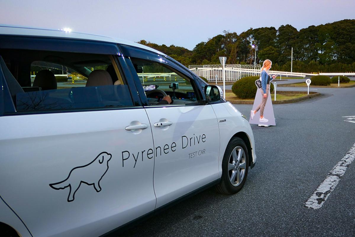 物流大手SBSロジコム×Pyrenee|ドライバー用AIアシスタントの商品化に向け業務提携