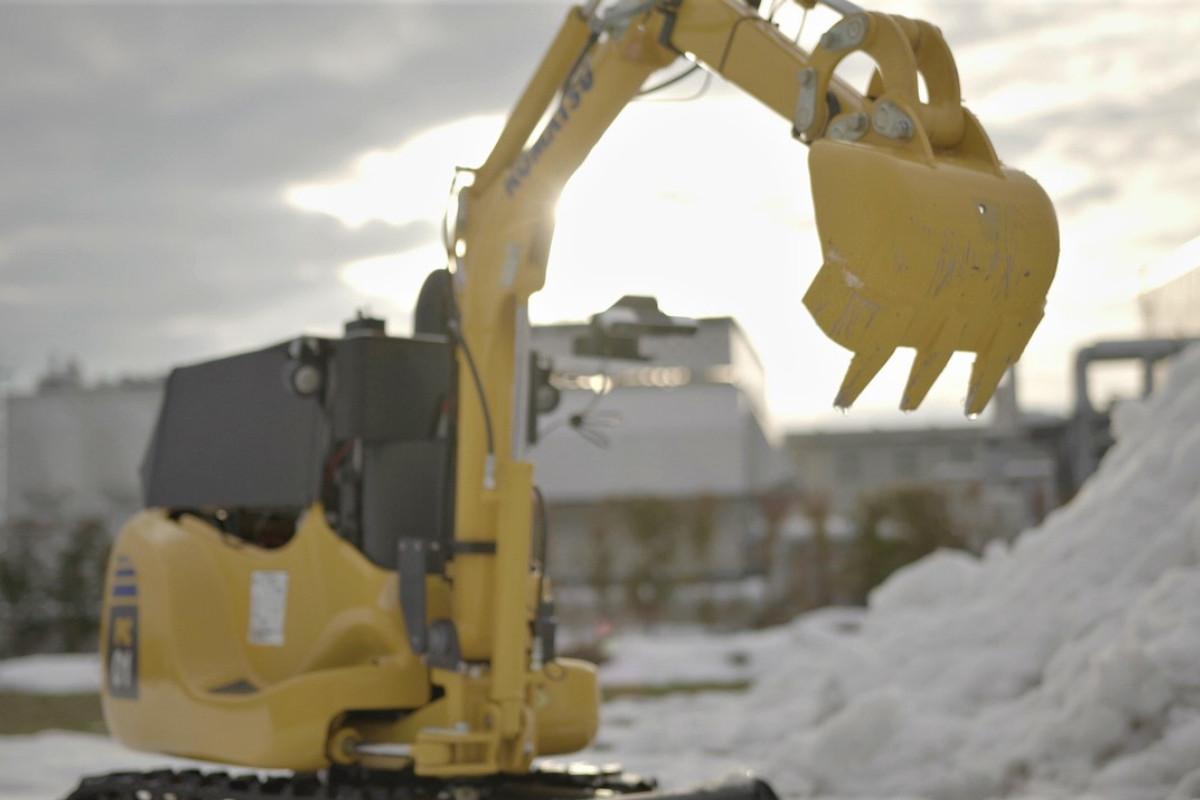 三菱電機×SE4 | 岩手県滝沢市で、遠隔操作による除雪作業の実証実験を実施