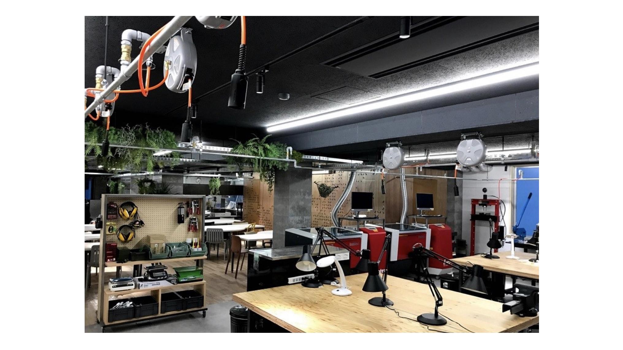 開志専門職大学×DMM.make AKIBA | IoT活用やロボティクス演習を行う施設「KAISHI LAB」が誕生