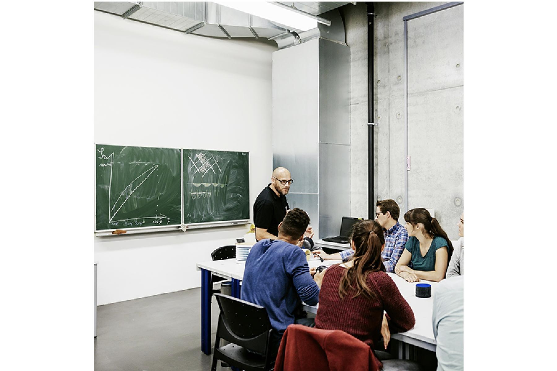 Arm、半導体関連スタートアップ企業を支援する新プログラムを発表