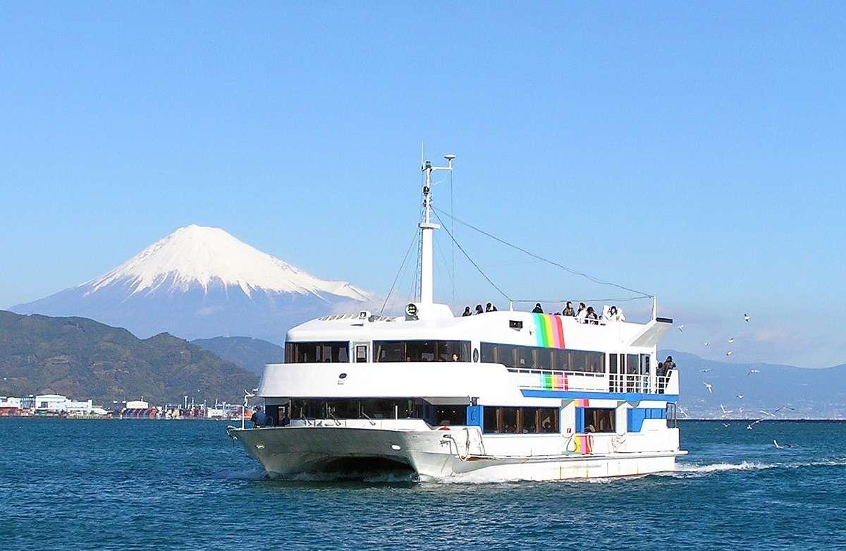 富士山清水みなとクルーズ、ベイプロムナード号