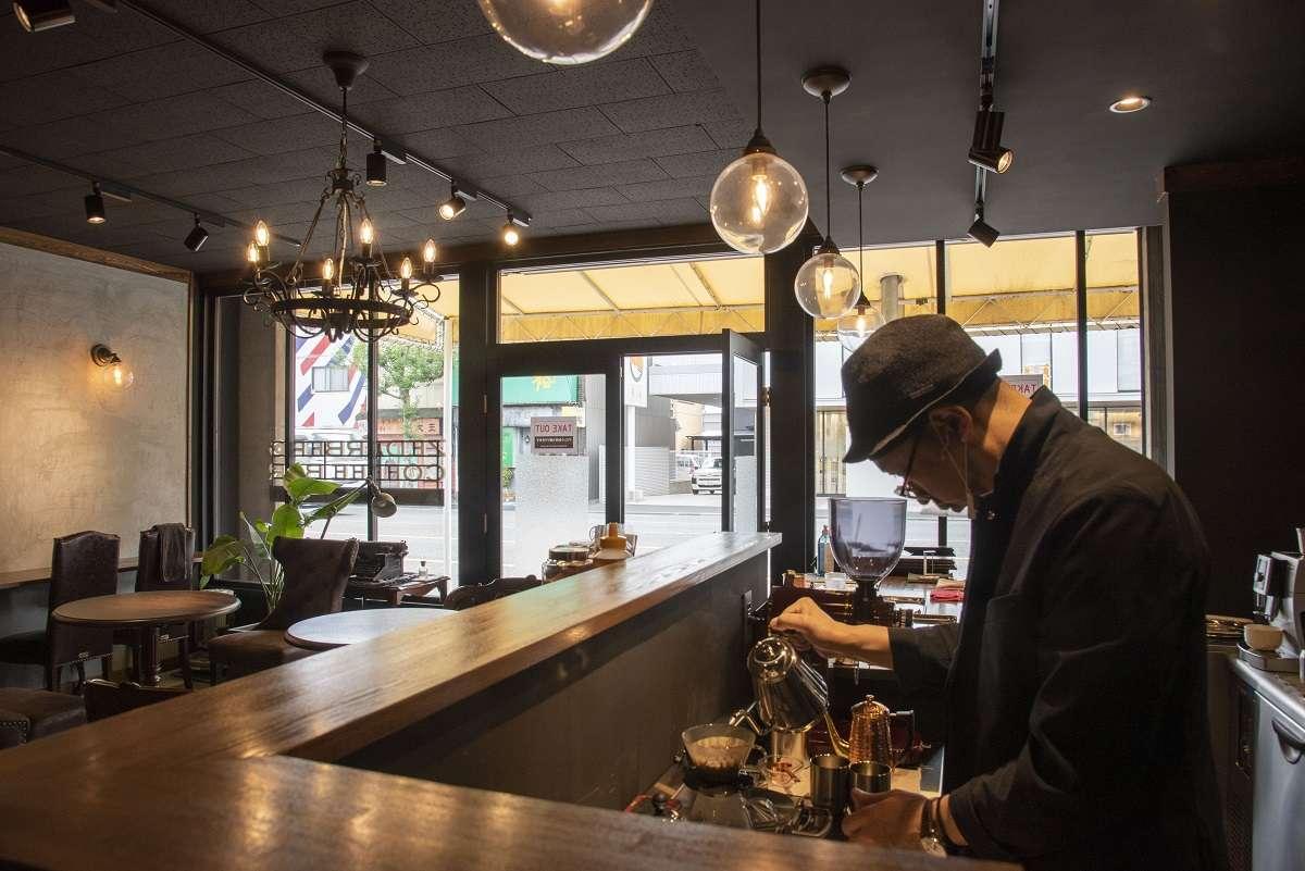 杉山珈琲店 ゼダーバーグ コーヒーバー、静岡市駿河区