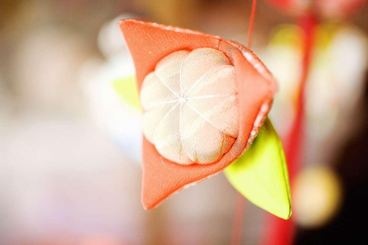 雛のつるし飾りまつり、稲取、桃