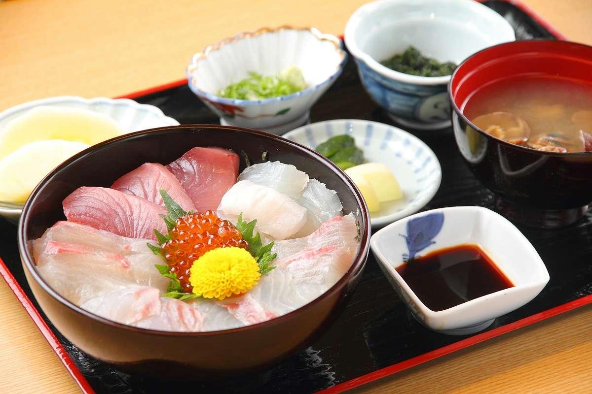 浜松市西区、魚あら、海鮮丼