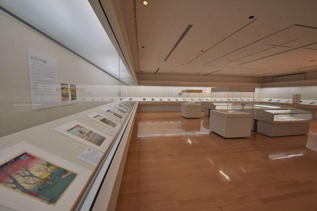 静岡市東海道広重美術館、展示室