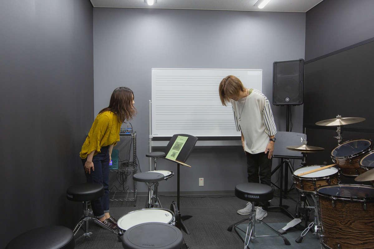 ヤマハ「大人の音楽教室」プレ葉ウォーク浜北店のレッスン室画像